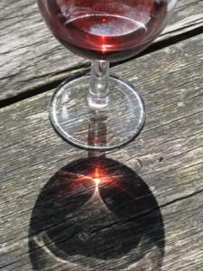 licht gevangen in wijn
